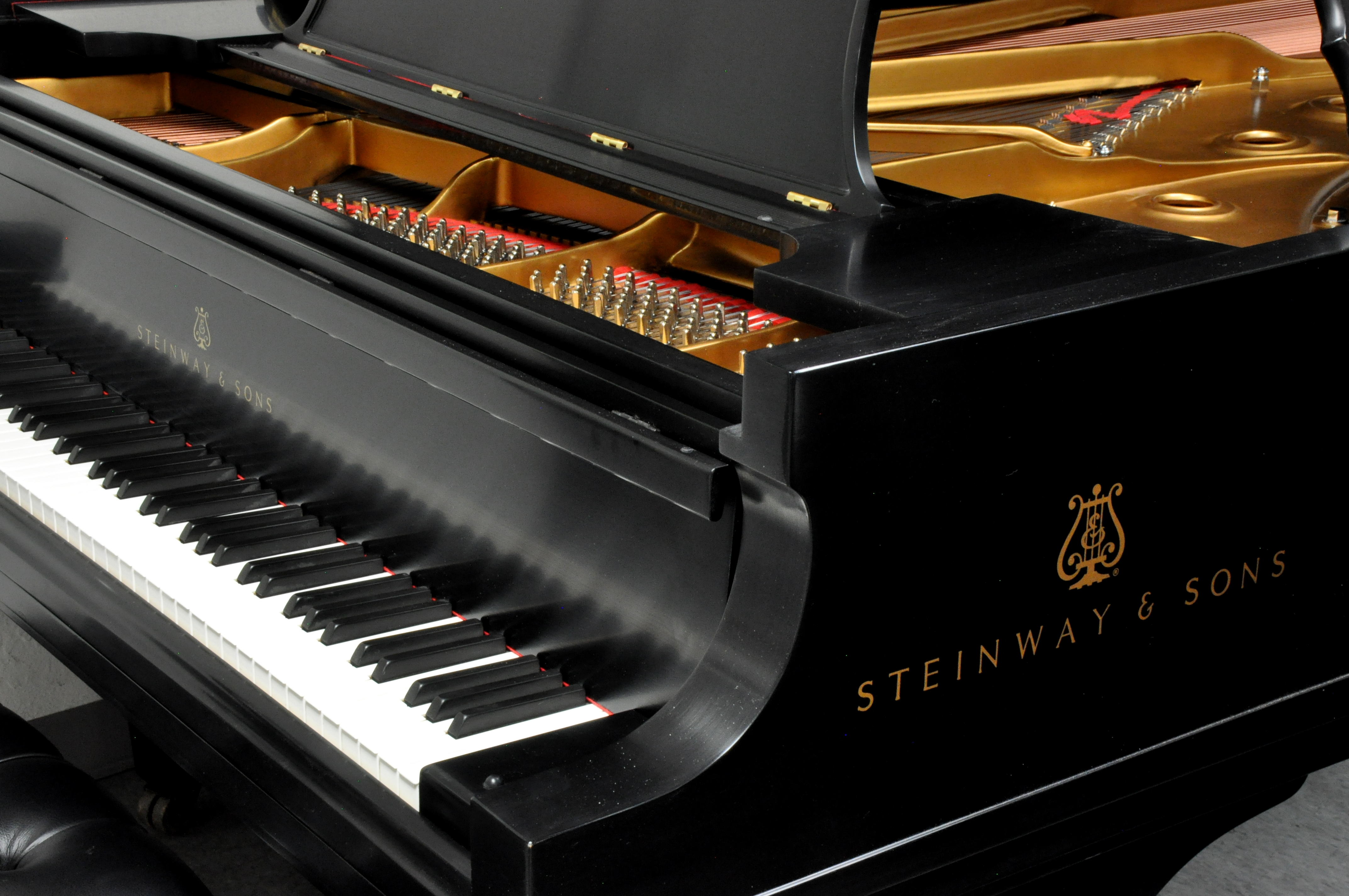 my perfect piano buy a piano. Black Bedroom Furniture Sets. Home Design Ideas